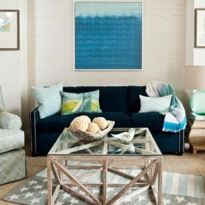 Absolutely LOVE this coastal-inspired look from @dwellinganddesign! The soft blues…
