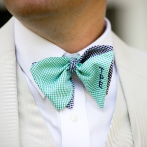 How handsome are these monogrammed gingham bow ties?! swoon Seehellip