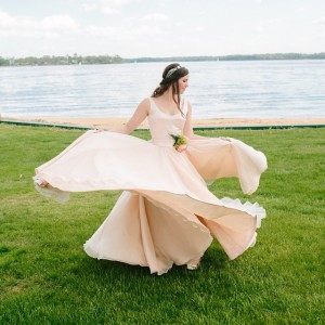 AHH this dress!! We have the sweetest wedding on thehellip