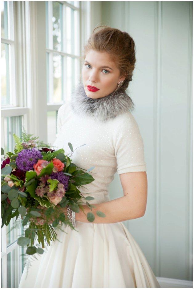 Winter Wedding | Bridal Style