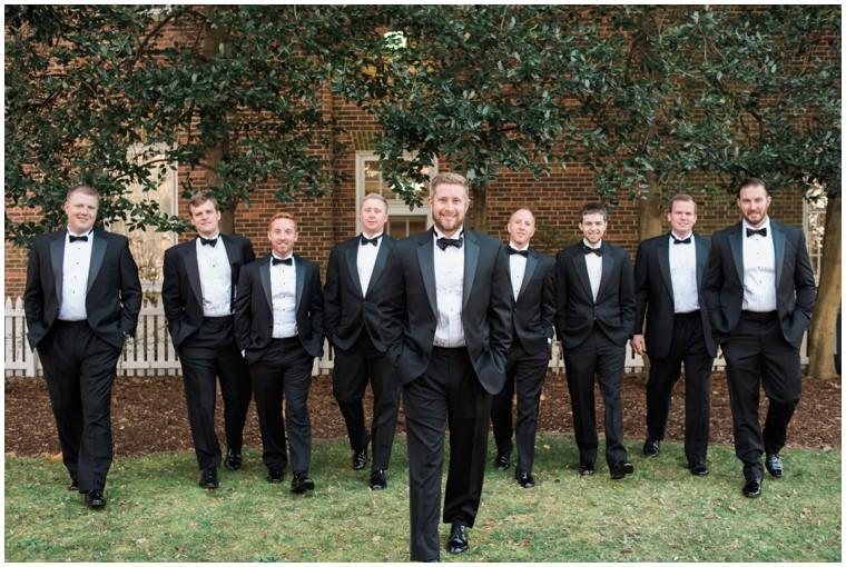 groomsmen pictures