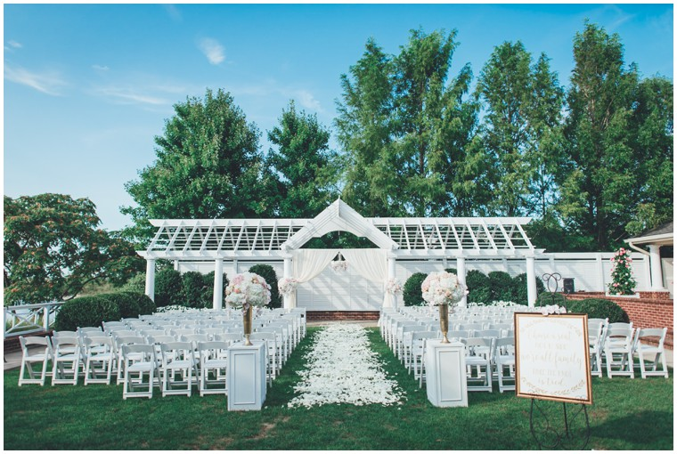chesapeake bay beach club outdoor ceremony