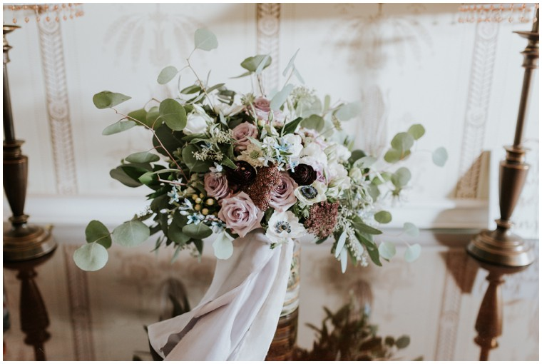 green and lilac bridal flowers