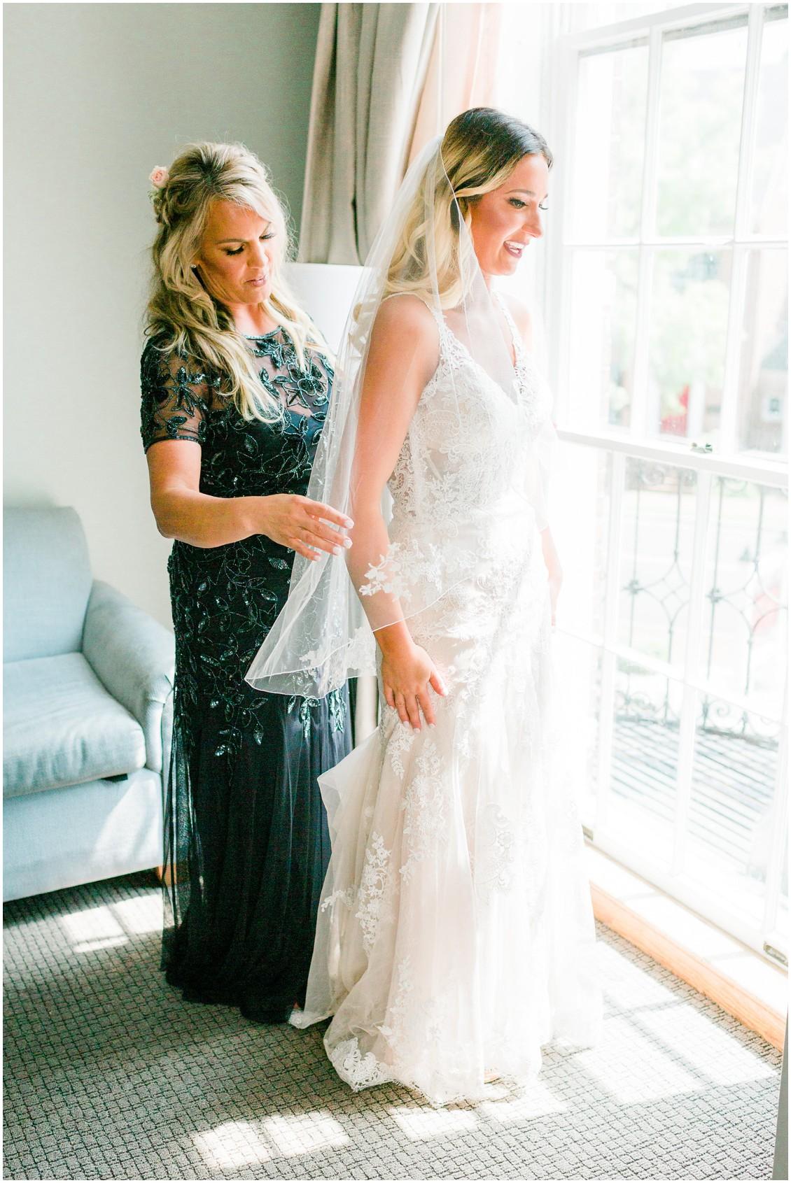Posh Bridal MD wedding dress | Bride getting ready with mother | My Eastern Shore Wedding |