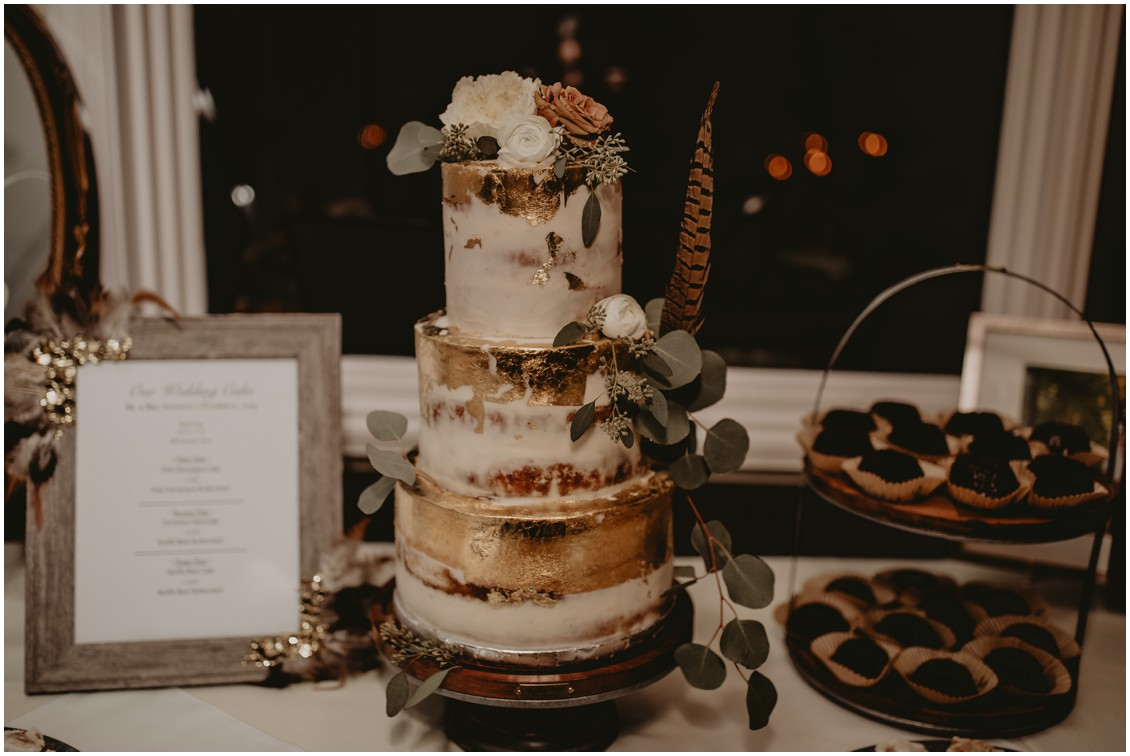 Bohemian chic wedding cake by Mill Stream Farm | My Eastern Shore Wedding | Sherwood Florist | Mill Street Farm