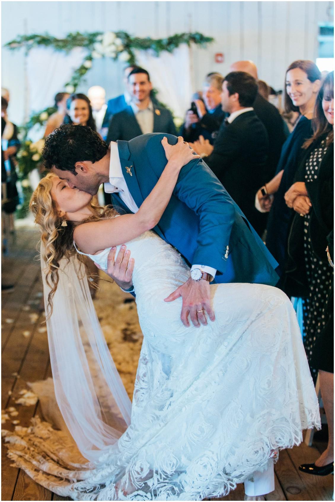 Bride and groom kissing | My Eastern Shore Wedding | Chesapeake Bay Maritime Museum