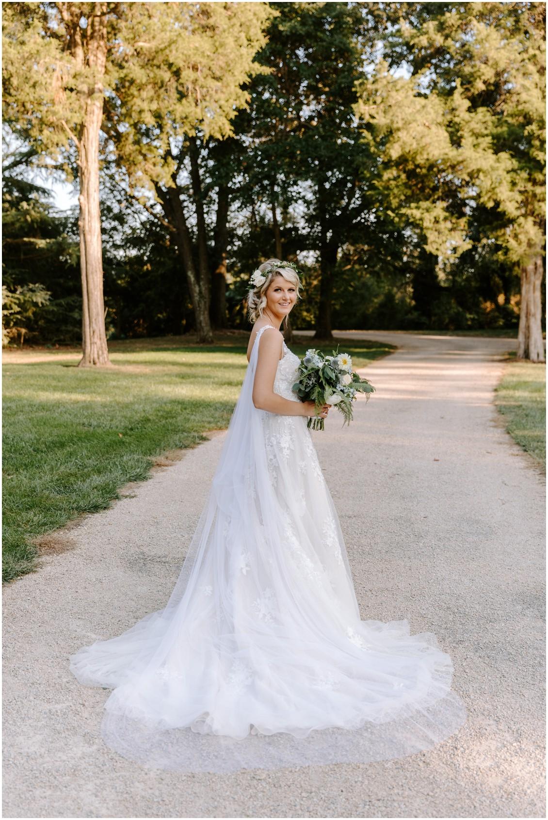 Bridal portrait with bouquet | My Eastern Shore Wedding | Sherwood Florist |