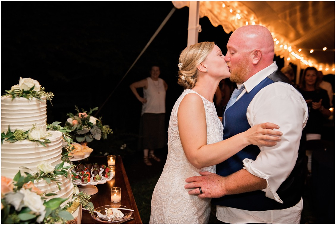 Bride and groom cutting cake perfect pair | My Eastern Shore Wedding | Chelsea Fluharty Photography