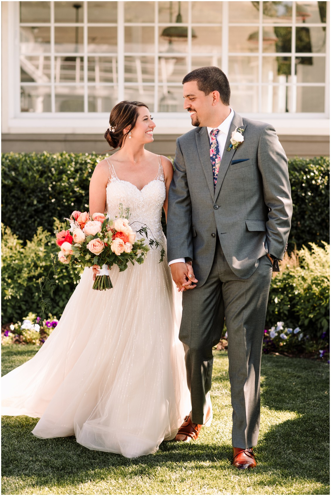 Bride and groom sunset portraits bright bouquet and Bayside | My Eastern Shore Wedding | Chesapeake Bay Beach Club