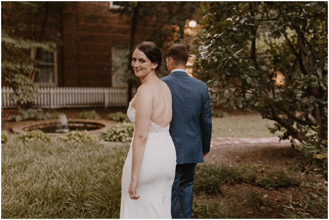Bride and groom portraits, simply stunning wedding | My Eastern Shore Wedding |The Tidewater Inn