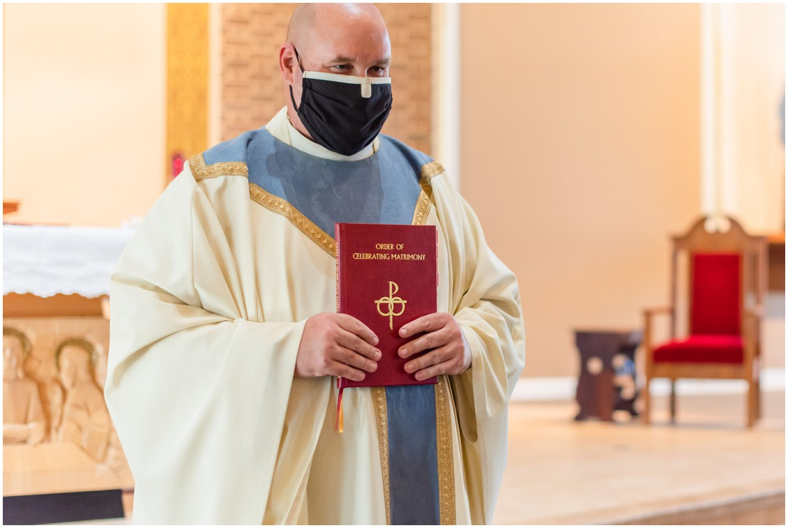 Priest in mask at microwedding | Love will find a way| My Eastern Shore Wedding | Alexandra Kent Photography