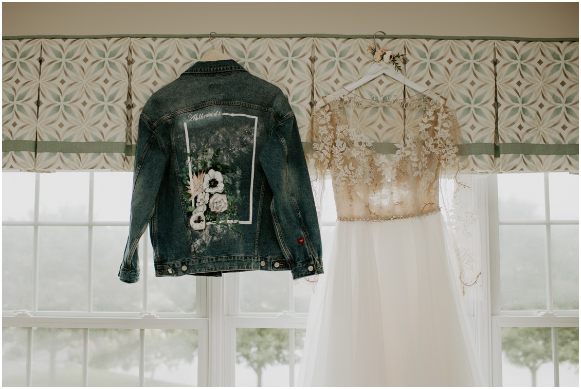 Nude and modern wedding longsleeved wedding dress and jean jacket | My Eastern Shore Wedding | Baywood Weddings