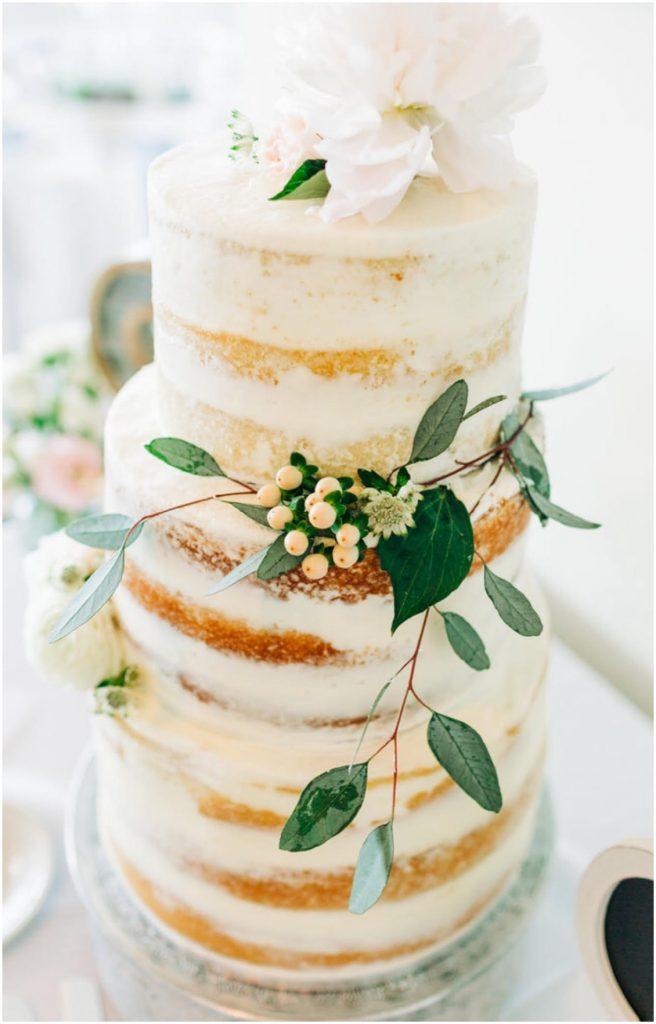 Beautiful Wedding Cake | My Eastern Shore Wedding | Mill Stream Farm