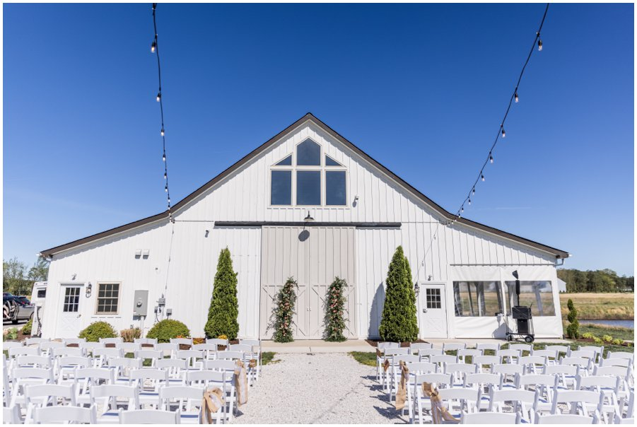Gorgeous and Rustic Barn Wedding.